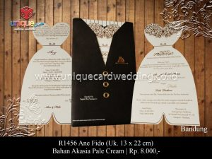 pusat card wedding invitation kartu undangan murah unik terlaris hardcover softcover uniquecardwedding